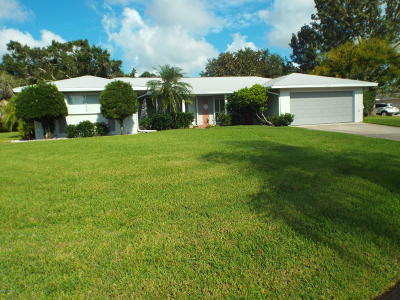 Palm Bay FL Single Family Home For Sale: $238,000