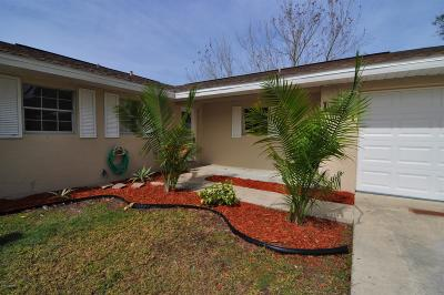Palm Bay FL Single Family Home For Sale: $228,000
