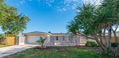 Satellite Beach Single Family Home For Sale: 341 Polaris Drive