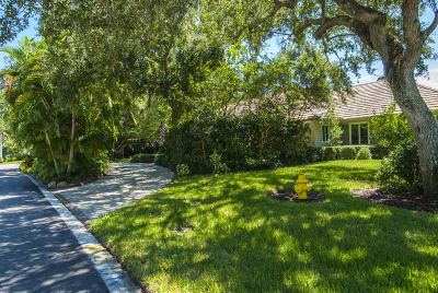 Vero Beach Single Family Home For Sale: 501 Marbrisa Drive