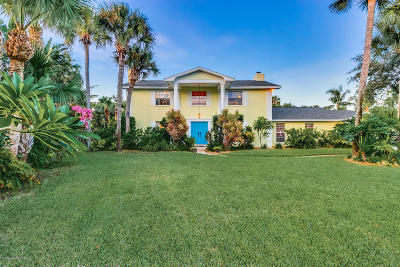 Melbourne Beach Single Family Home For Sale: 205 Flamingo Lane