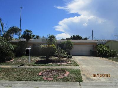 Brevard County Single Family Home For Sale: 225 Satellite Avenue