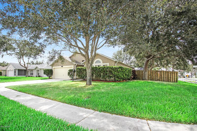 West Melbourne Single Family Home For Sale: 245 McClain Drive