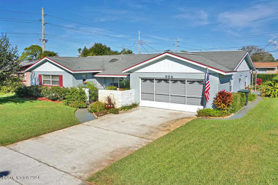 Rockledge Single Family Home For Sale: 994 Nicklaus Drive