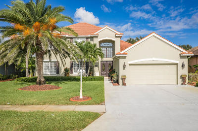 Brevard County Single Family Home For Sale: 592 Oceanside Boulevard
