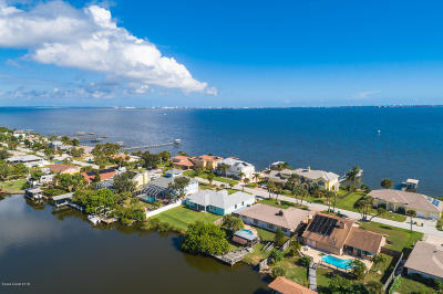 Merritt Island Single Family Home For Sale: 265 Milford Point Drive