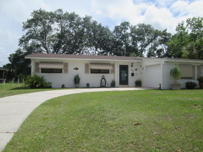 Melbourne Single Family Home For Sale: 909 Espanola Way