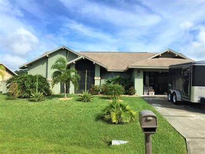 Palm Bay FL Single Family Home For Sale: $188,000