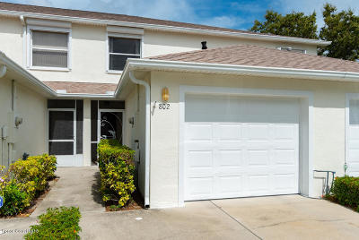 Indian Harbour Beach Townhouse For Sale: 802 Mimosa Place