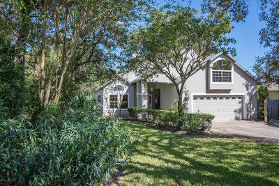 Titusville Single Family Home For Sale: 3828 S Ridge Circle