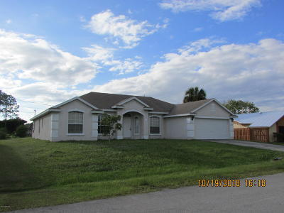 Palm Bay FL Single Family Home For Sale: $249,000