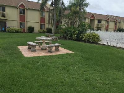 Palm Bay Condo For Sale: 2100 Forest Knoll Drive NE #203