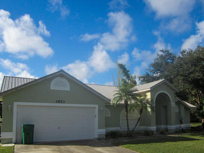 Merritt Island Single Family Home For Sale: 1853 Dee Drive