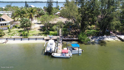 Grant Single Family Home For Sale: 23 Vip Island #A