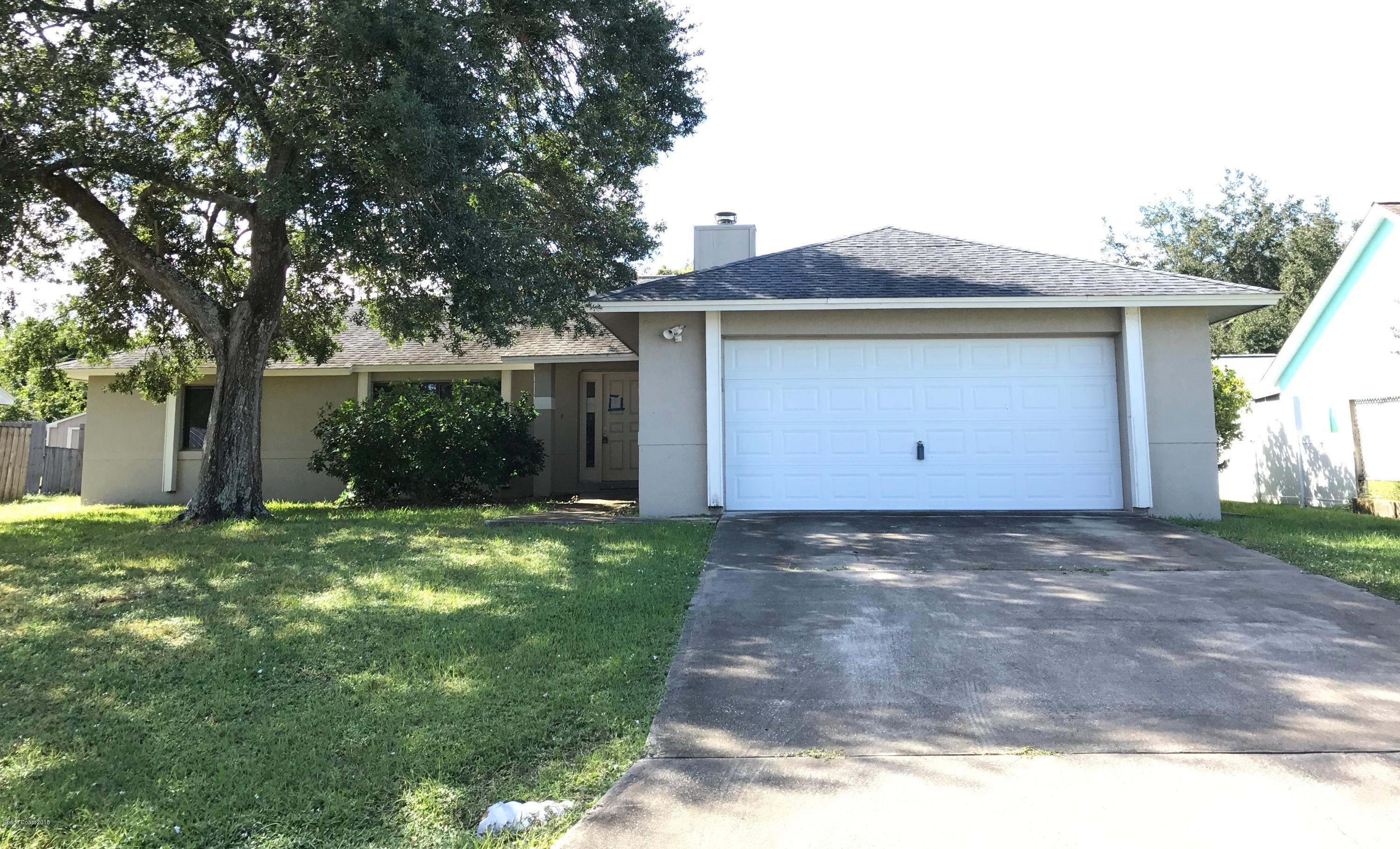 3 bed / 3 baths Home in Palm Bay for $175,000