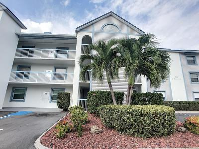 Cocoa Beach Condo For Sale: 560 S Brevard Avenue #622