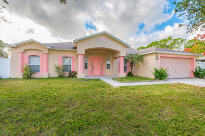 Palm Bay FL Single Family Home For Sale: $259,999