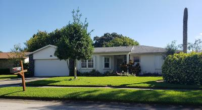 Rockledge Single Family Home For Sale: 822 Berkshire Drive