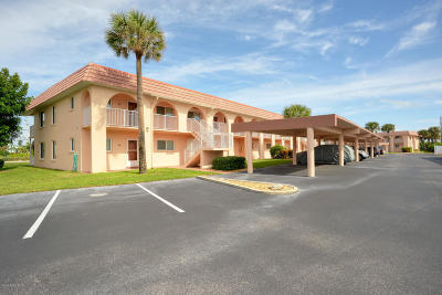Cape Canaveral Condo For Sale: 8000 Ridgewood Avenue #209