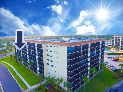 Indian Harbour Beach Condo For Sale: 520 Palm Springs Boulevard #502