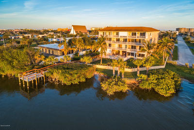 Cocoa Beach Condo For Sale: 191 Seminole Lane #101