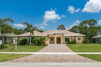 Melbourne FL Single Family Home For Sale: $649,900