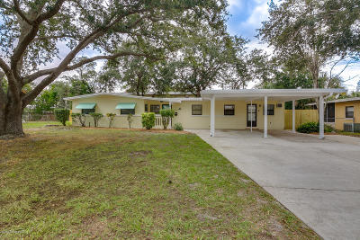 Titusville Single Family Home For Sale: 3225 Citrus Court