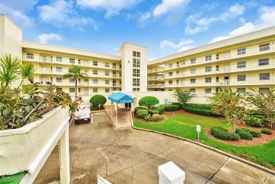 Cape Canaveral Condo For Sale: 8700 Ridgewood Avenue #A-210