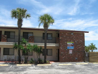Melbourne Beach, Indian Harbour Beach, Indialantic, Port Canaveral, Cape Canaveral, Cocoa Beach, Satellite Beach Condo For Sale: 22 Tulip Avenue #323