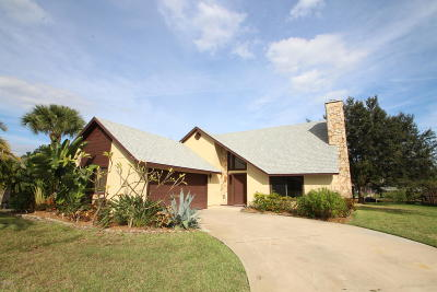 Rockledge Single Family Home For Sale: 6245 Anchor Lane