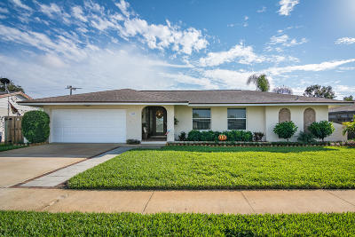 Merritt Island Single Family Home For Sale: 149 Las Palmas