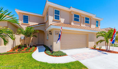 Indialantic, Indialantic, Fl, Indialantic/melbourne, Indialntic, Indian Harb Bch, Indian Harbor Beach, Indian Harbour Beach, Indiatlantic, Melbourne Bch, Melbourne Beach, Satellite Bch, Satellite Beach Townhouse For Sale: 522 Siena Court