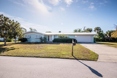 Indialantic Single Family Home For Sale: 417 Eleventh Avenue