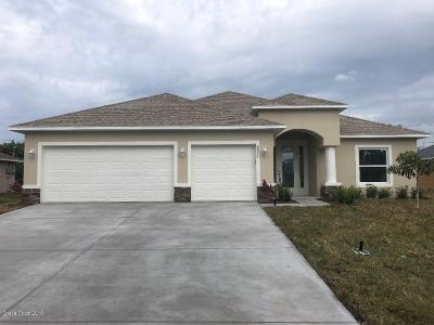 Palm Bay FL Single Family Home For Sale: $294,900