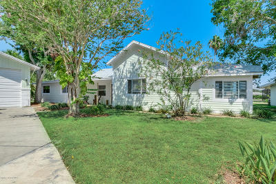 Cocoa Beach Single Family Home For Sale: 905 Trinidad Road
