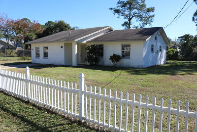 Cocoa Single Family Home For Sale: 5521 Flint Road