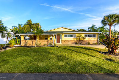 Merritt Island Single Family Home For Sale: 280 Andros Drive