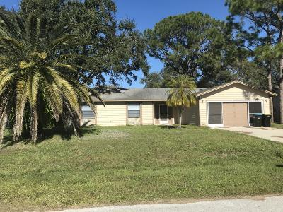 Palm Bay FL Single Family Home For Sale: $168,000