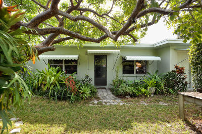Melbourne Beach Single Family Home For Sale: 155 Landings Road
