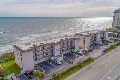 Melbourne Beach Condo For Sale: 2975 S Highway A1a #124