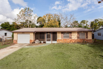 Titusville Single Family Home For Sale: 930 Margie Drive