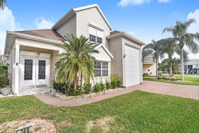 Titusville Single Family Home For Sale: 749 Baytree Drive