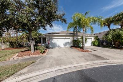 Cape Canaveral Half Duplex For Sale: 144 Ocean Garden Lane