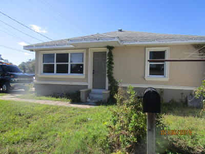 Titusville Single Family Home For Sale: 1236 S Hopkins Avenue