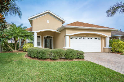 Rockledge Single Family Home For Sale: 1416 Clubhouse Drive