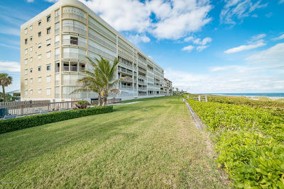 Cocoa Beach Condo For Sale: 3219 S Atlantic Avenue S #201
