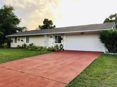 Palm Bay FL Single Family Home For Sale: $162,500