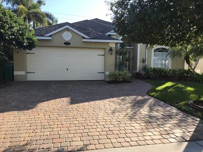 West Melbourne Single Family Home For Sale: 1251 Olde Bailey Lane