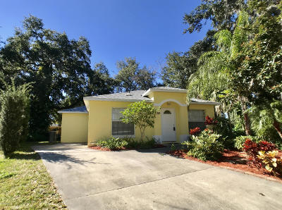 Titusville Single Family Home For Sale: 780 Everglades Court