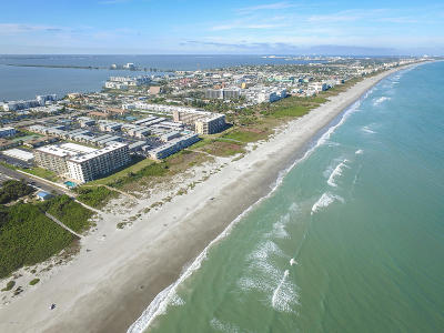 Cocoa Beach Condo For Sale: 3060 N Atlantic Avenue #102